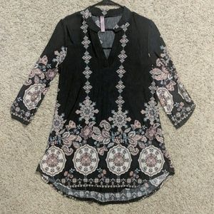 Patterned tunic top